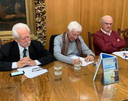 Patricio Meller participó en conversatorio sobre claves para la educación del futuro en el Foro Valparaíso