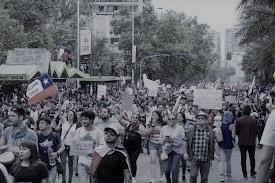 Estudio sobre el conflicto social (5): ¿Es posible superar la tensión entre política y técnica para no transformar a Chile en un país de pobres?